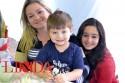 Daysi Fischer com Caio e Giulia Alves