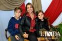 Luciane Roznieski com Leonardo e Isabelli